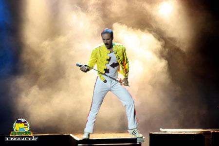 http://www.musicao.com.br/siteadmin/gallery/290/Freddie-Mercury-4.jpg